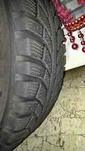 Winter tire -4 no.s on rim Cambridge Kitchener Area image 2