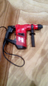 Used Hilti Corded Hammer Drill TE40-AVR For Sale