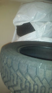 4 summer tires 250$ + 4 winter tires 250$ or 8 for 400$
