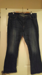 Old Navy Sweet Heart jeans size 18