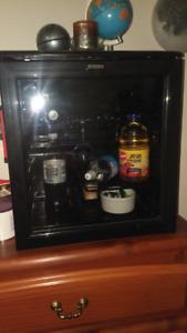 Wine cooler fridge