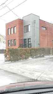 Duplex neuf 2015 à vendte St-Hubert