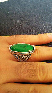 silver ring with green turquoise srone