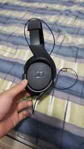 SENNHEISER HD 419 HEADPHONES NEED GONE ASAP