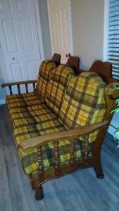 À voir set de divan avec chaise berceuse Vintage