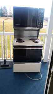 Double Oven Buy Or Sell Home Appliances In Calgary