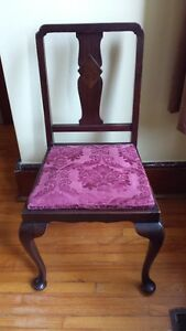 Pair of Antique Dining Chairs Kingston Kingston Area image 3