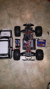 Traxxas Summit  1/10 Scale