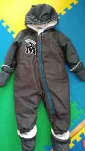 Boys snowsuit (18 months)