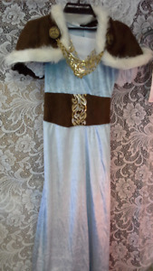 4 princess dresses size 12 to 14  for kids. new.