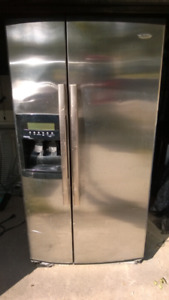 Whirlpool  stainless sidexside with filtered ice & water