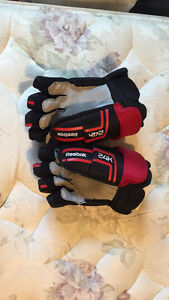 New Reebok Hockey Gloves