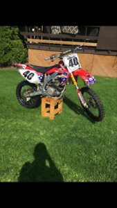 Nice 2006 crf450 with ownership works great! Lots of goodies