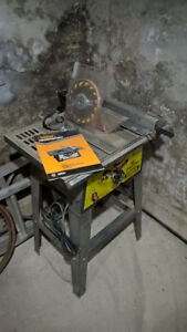 """TRADEMASTER 10"""" Table Saw and stand"""