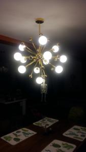 Lustre Sputnik à 12 lumières -  Luminaire post-moderne doré