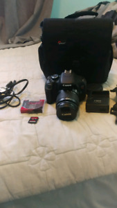 Canon T3i camera with case + SD card