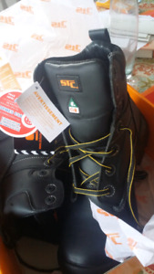 Men's size 11 work boots