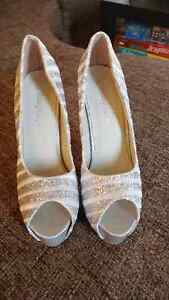 Womens high heel shoes size 6.5