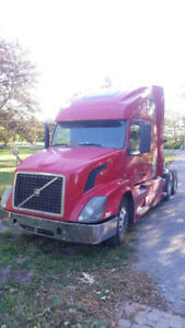 REDUCED::Volvo ready to work truck clean in and out