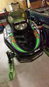 Fix or parts sled, 1995 ZR 580cc
