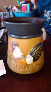 Rooster Scentsy Warmer