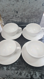 HOUSE OF FRASER LARGE CAPPUCCINO CUPS & SAUCERS X4.