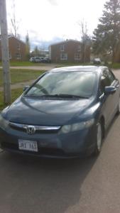 Selling my 2008 honda civic hybrid ! Runs & drives great ! 2500$