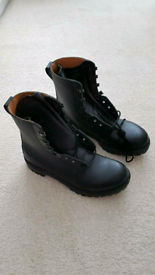 Mens Black Boots. UK Size 10