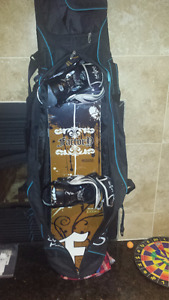 SNOW BOARD / BINDINGS  EXCELLENT CONDITION