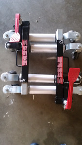 hydraulic positioning jack set ×2 (4 in total)