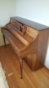 Immaculate Console Piano