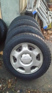 185 70 r14 Dunlop Graspic studless Winter Tires on Steel Rims