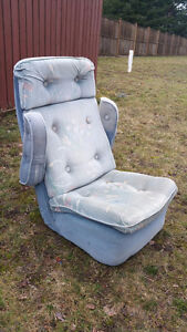 2x Captains Chairs from a Ford Motorhome