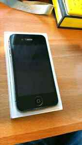 Iphone 4s 64 gb MINT CONDITION!!!