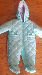 Brand new carters snow suit size 6 to 9 month