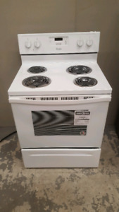 Whirlpool electric stove BRAND NEW