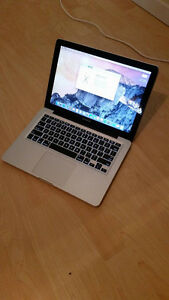 """Macbook 13"""" Late 2011 w/ Apple Mouse $600 OBO"""