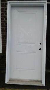 Steel door with vinyl door box