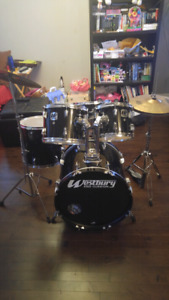 Batterie complete avec cymbales! Drum set with cymbals