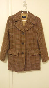 Brown plaid coat in mint condition