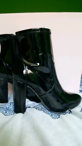 Black Patent Boots Size 8 *Brand New*