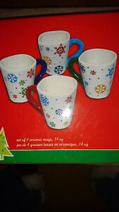 4 Winter snowflake ceramic mugs