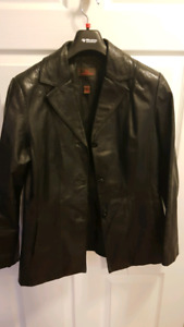 Ladies xs spring danier leather jacket