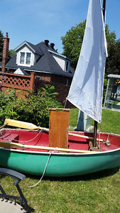 St. Maurice 7 ft sailing dinghy