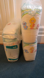 Size 4 Pampers Diapers