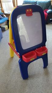 Kid's Easel and foam Mats
