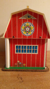 1967 FISHER PRICE FAMILY PLAY FARM IN AMAZING CONDITION!!!!!!!!! London Ontario image 5