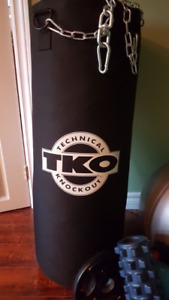 TKO Heavy Bag - 75lb MINT!