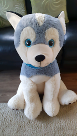Giant soft huskey dogs. Large husky puppy toy dog puppies vgc From a p
