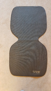Excellent Condition!! Brica Car Seat Grabber Protector Mat-Black